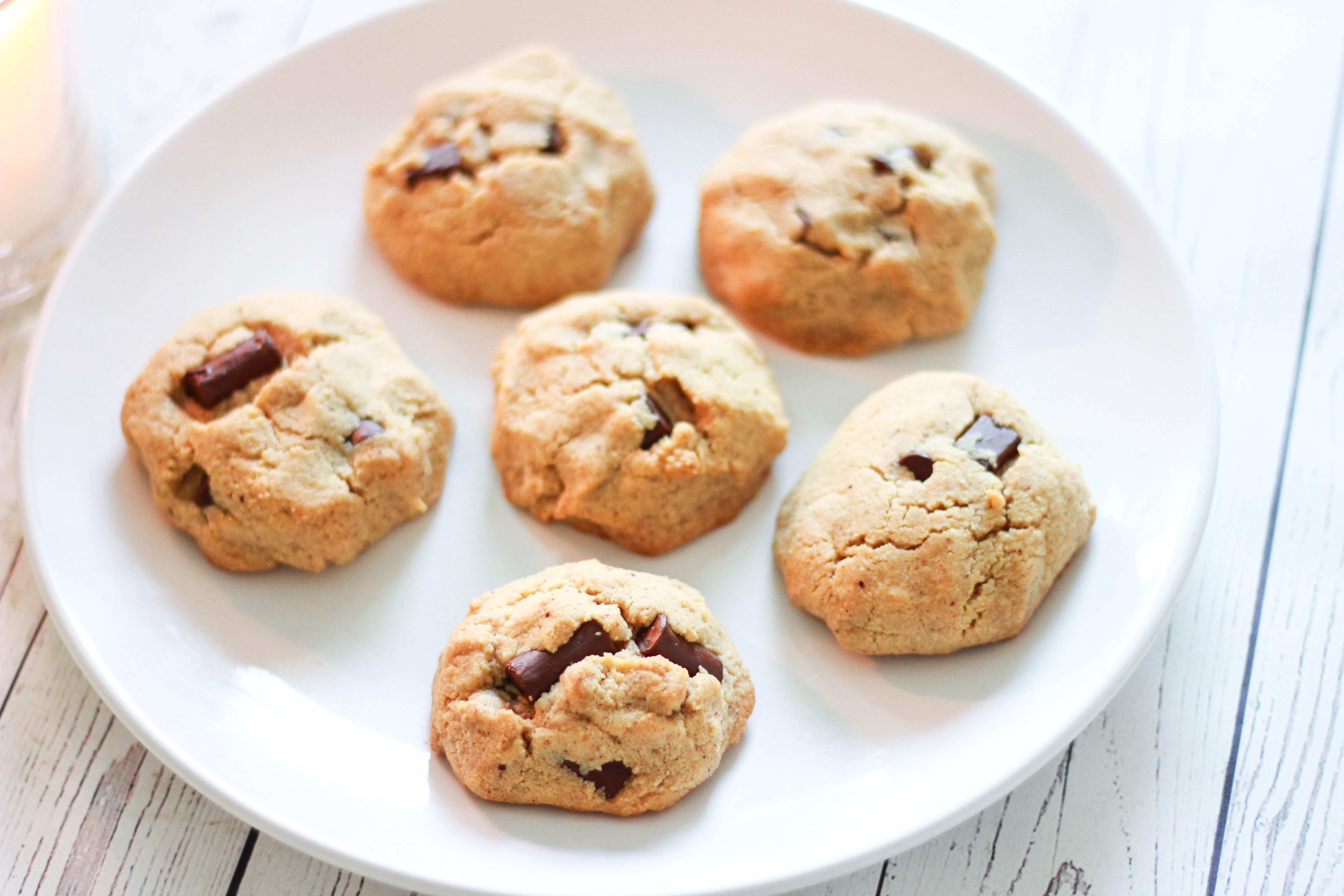 Classic Paleo Chocolate Chip Cookies