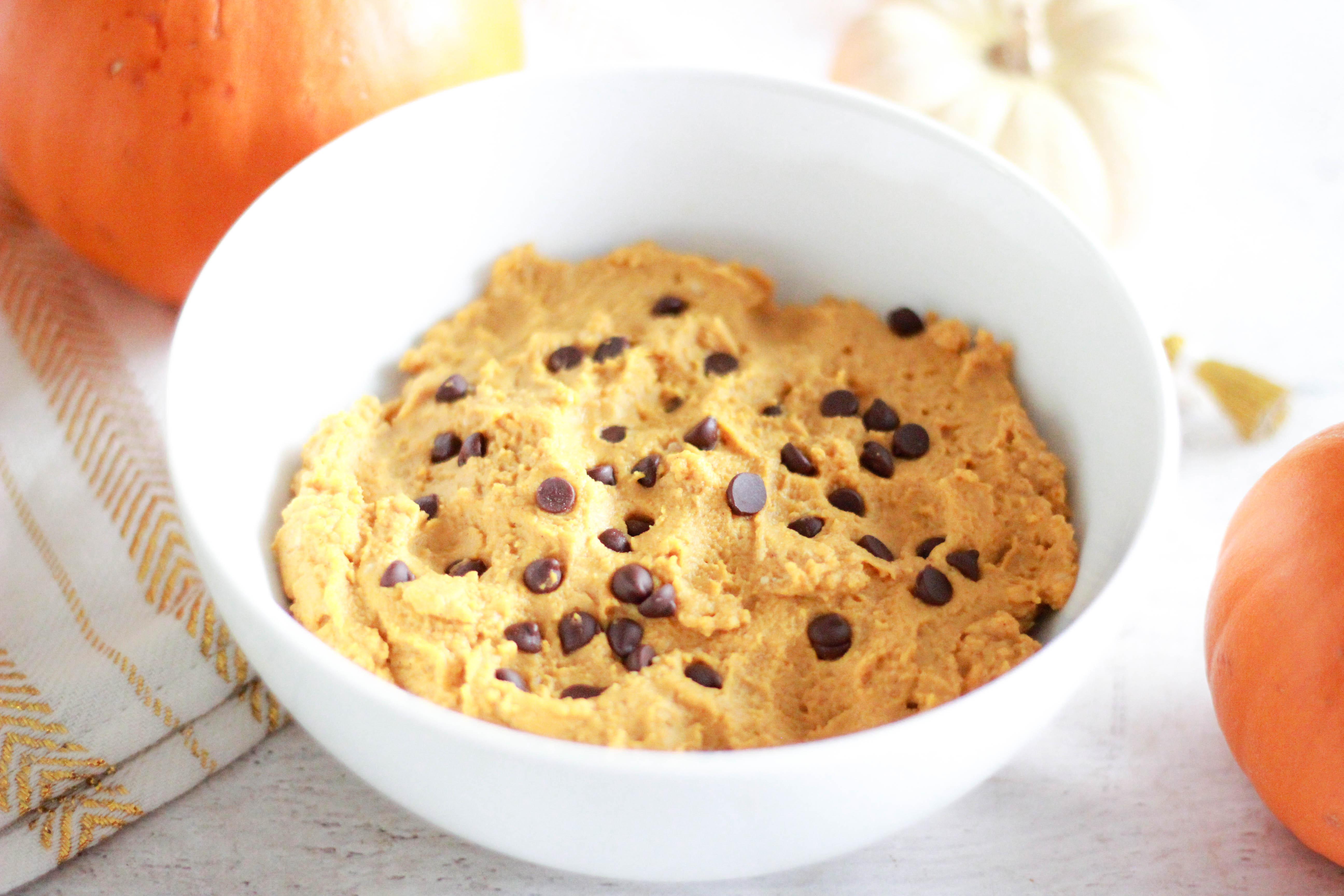 Sugar-Free Edible Pumpkin Protein Cookie Dough (Paleo / Vegan)